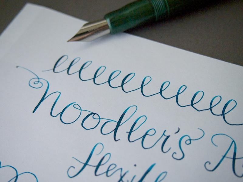 Noodlers Ahab Flex Fountain Pen