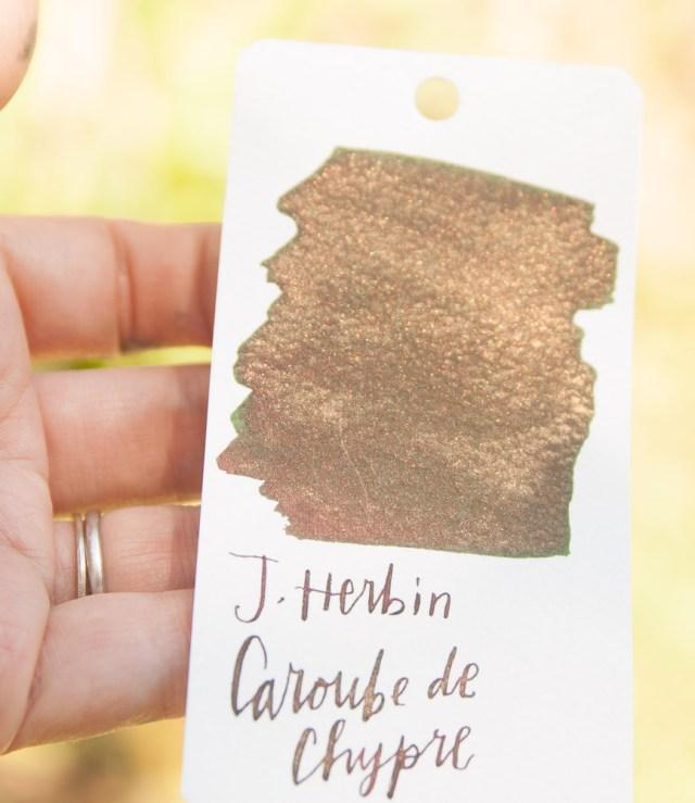 J. Herbin 1670 Caroube de Chypre in the sunlight 2
