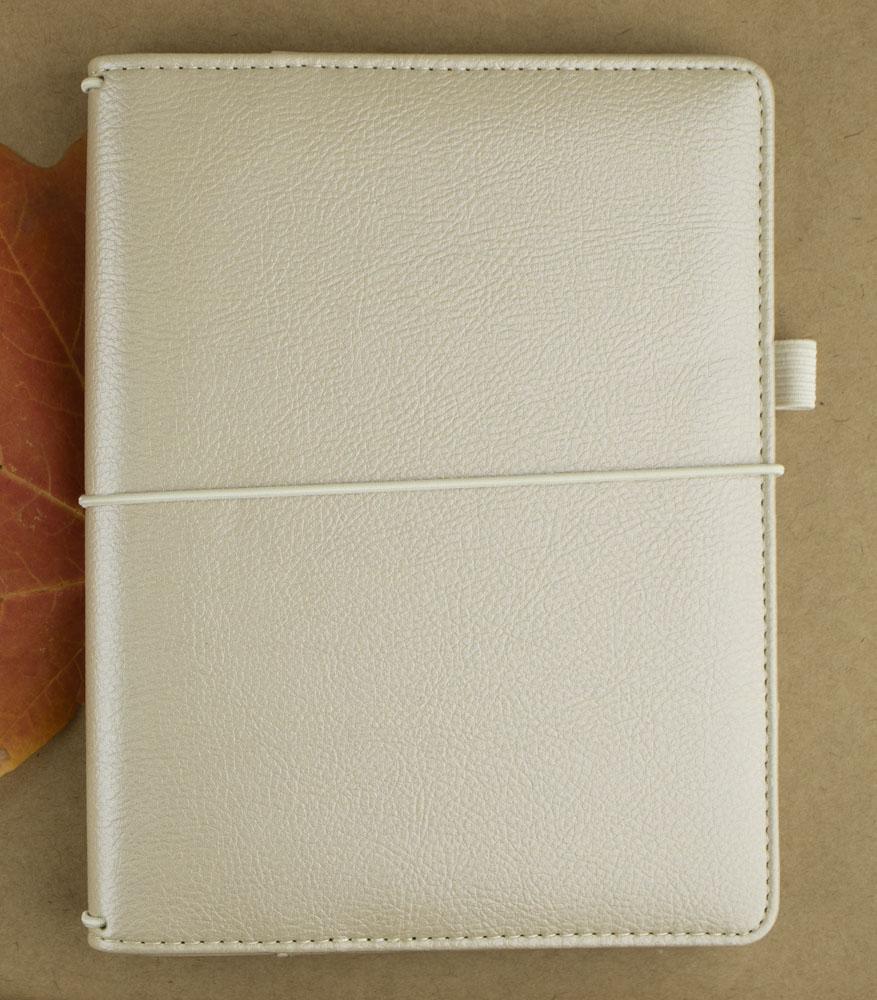 Notebook Review: Hallmark Traveler's Notebook & Inserts