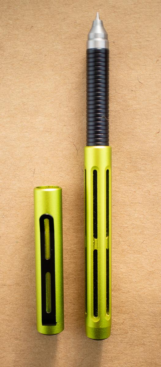Spoke Design Pen uncapped