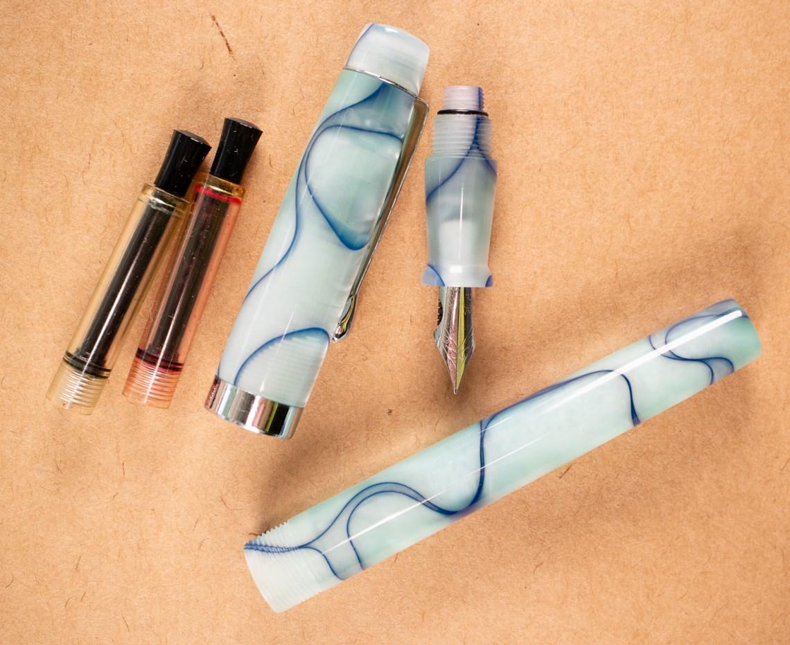 Fountain Pen Revolution V2 Chrome Flex