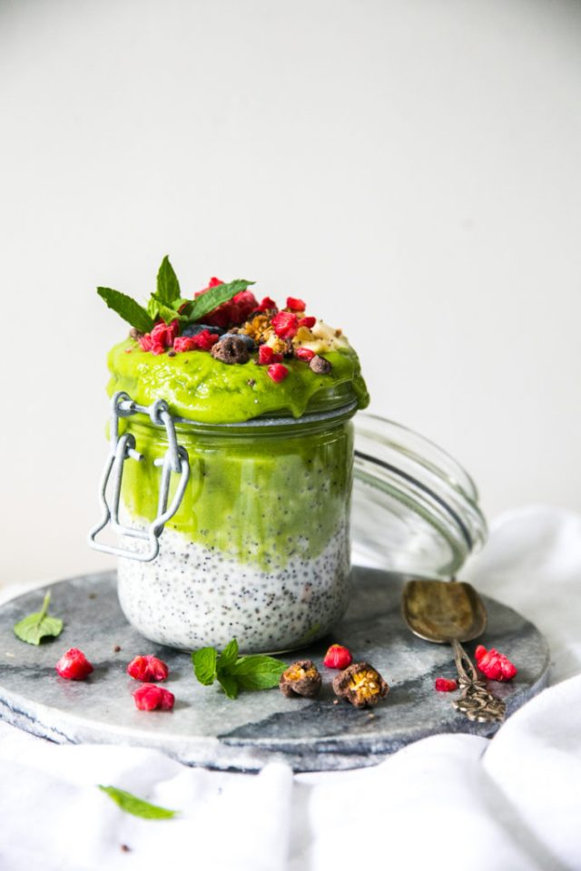 Cauliflower Green Smoothie & Chia Coconut Pudding