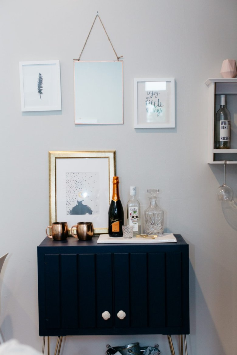 feminine tiny apartment-cg styling