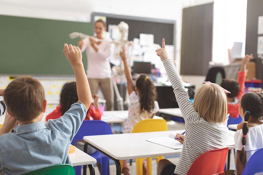 What are the Origins of the Montessori Method - Montessori Preschool - Montessori West