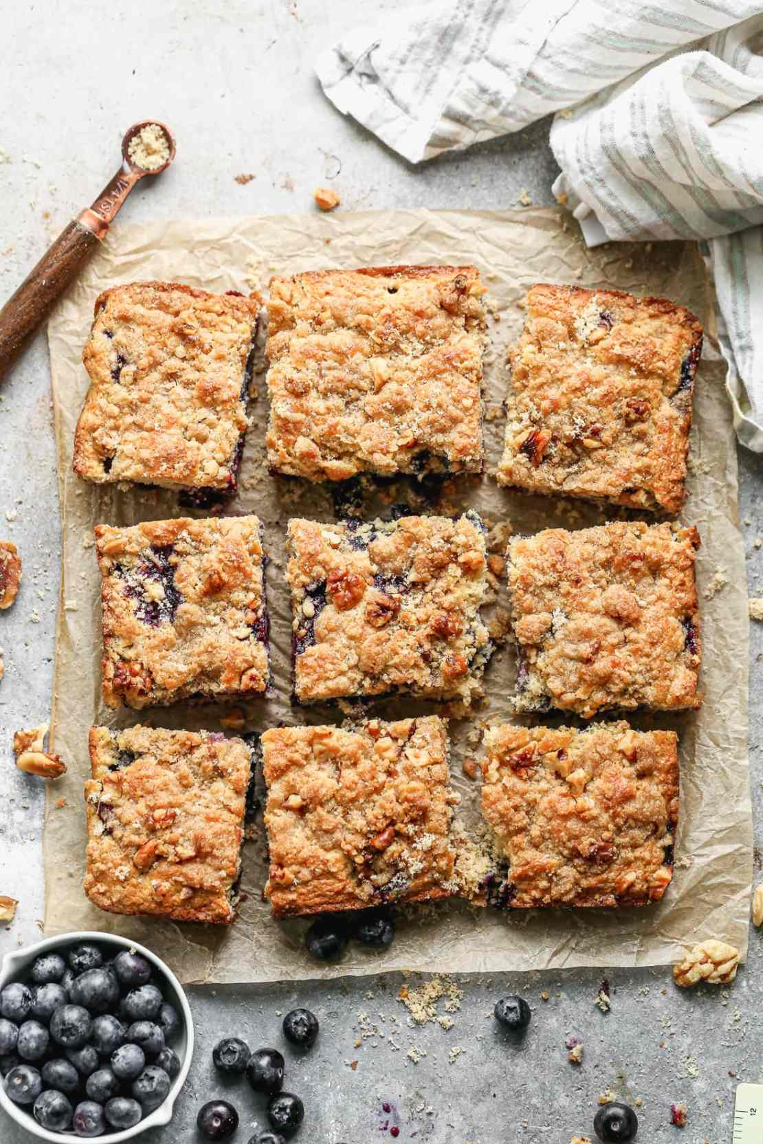 blueberry buckle with crumb topping
