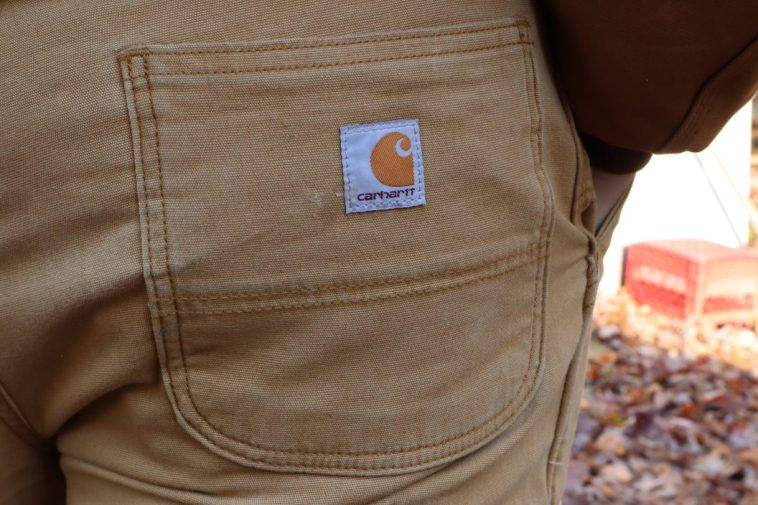 Carhartt pants back pocket