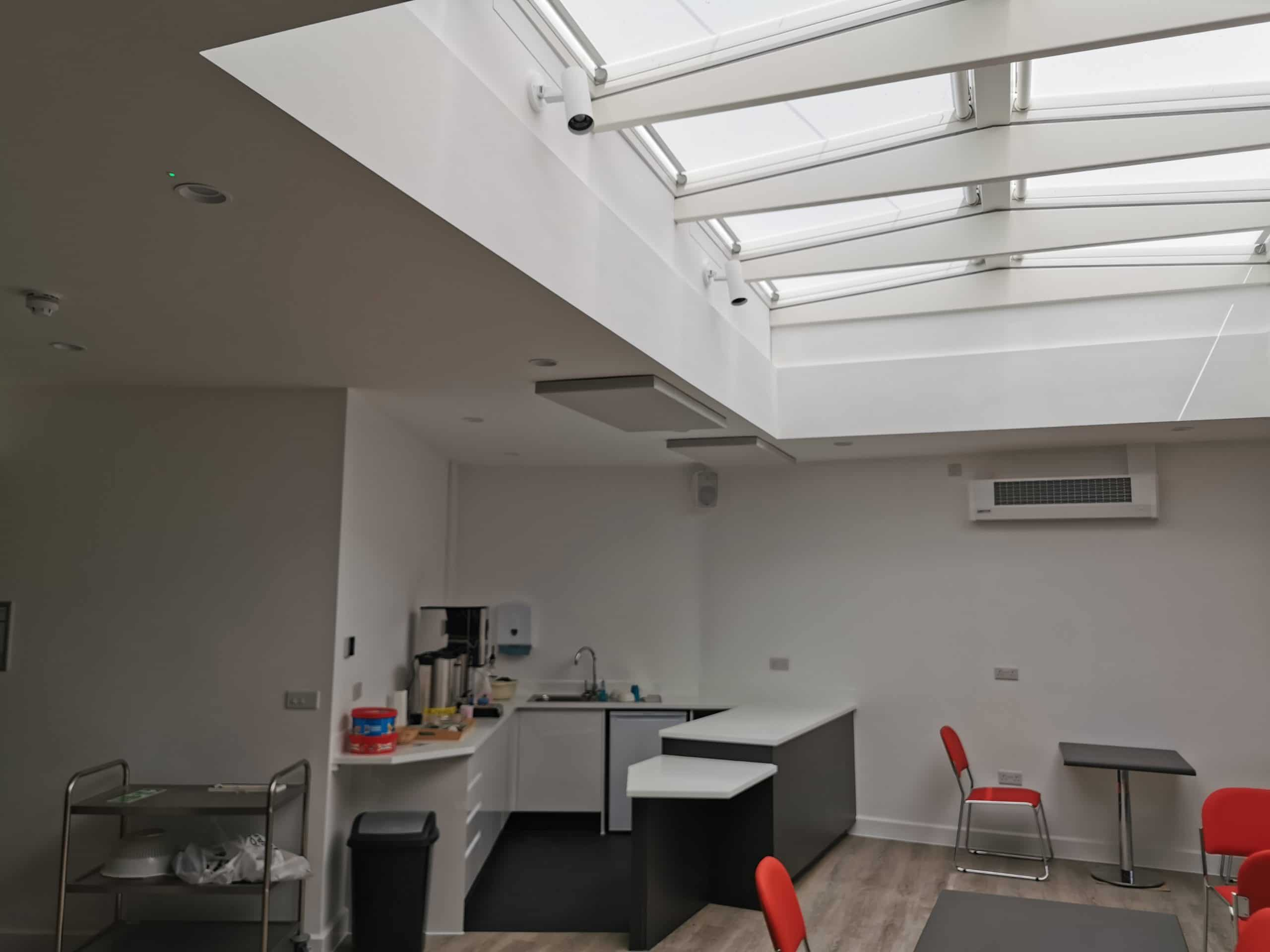 Cafe workstation and roof