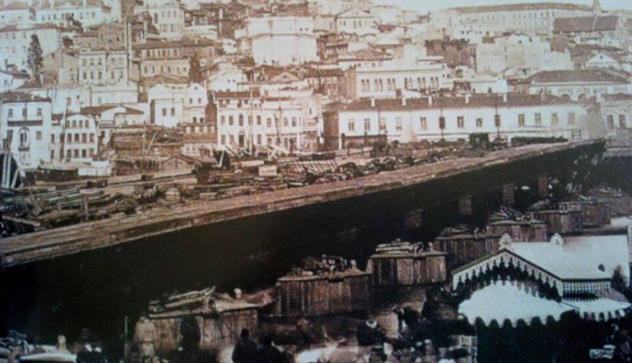 Construction of Galata Bridge 1875