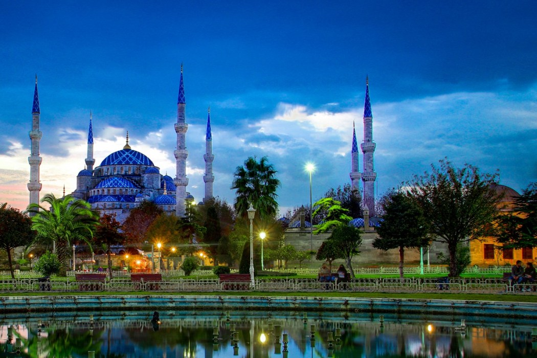Blue Mosque Istanbul at the Sunset