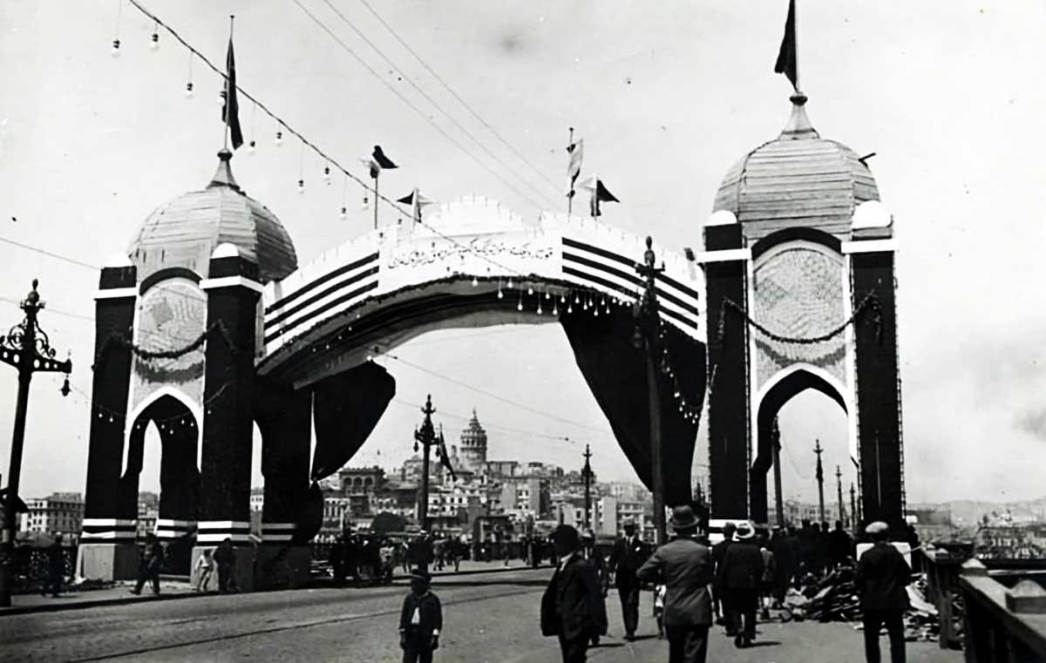 Galata Köprüsü 1902'ler
