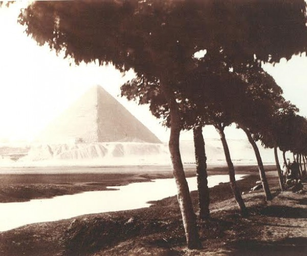 The road to the Great Pyramids of Egypt, around 1873