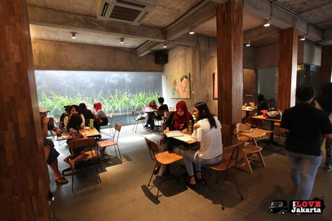 Tasha May_welovejakarta_we love jakarta_where to hang out in jakarta_cafes in south jakarta_Dia.lo.gue Kemang_Dialogue Artspace