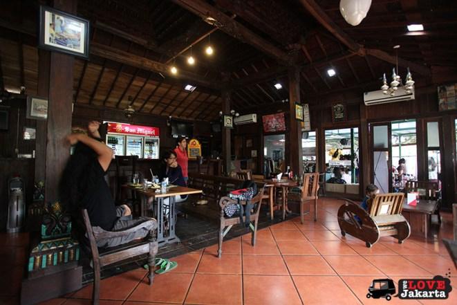 Waroeng Solo_warung solo kemang_joglo beer kemang_drinks in kemang_drinks in jakarta_where to hang out in jakarta_tasha may_we love jakarta_welovejakarta