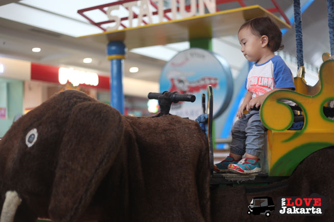 Depok_kids rides_tasha may_welovejakarta_we love jakarta_kids in Jakarta_playdate