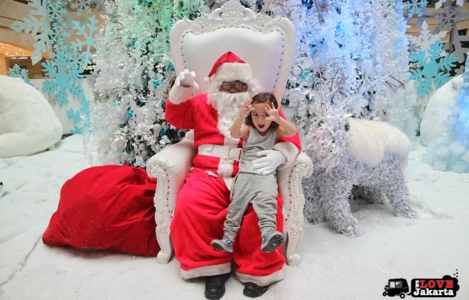Santa at Plaza Senayan Jakarta