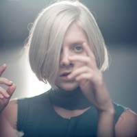 Videopremiere: Aurora - Running with the wolves