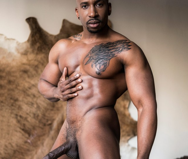 Black Hung Muscle Hunk Max Konnor From Lucas Entertainment