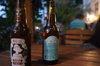 Que Sera Cider trinken in Bonn Altstadt gut für ein Date Cocktails Tapas Biergarten