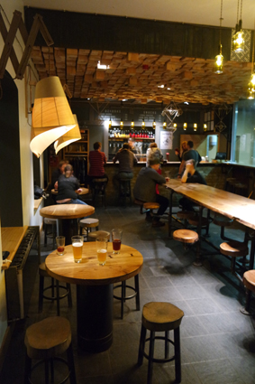 Labietis Craft Beer Riga Brauerei Tipp Kneipe Riga Bar guide Riga Geheimtipp gute Bar Riga at night city guide good drinks places off side