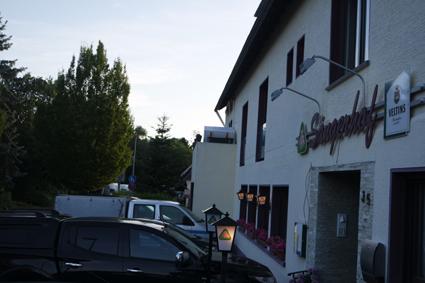 Sängerhof Königswinter Ittenbach Wandern auf dem Rheinsteig Hotel Gaststätte Craft Beer Seven Craft Bonner Bier