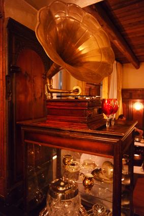 Bad Godesberg Bonn Bar Das Leibhaus Krimi Dinner Swing 20er Jahre Tipp ausgehen weggehen Drinks Cocktails