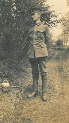 edward thomas in uniform