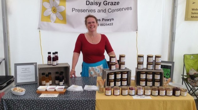 daisy graze tradestand