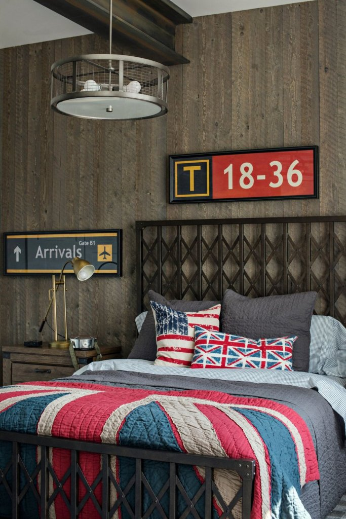 industrial boys bedroom with reclaimed wood wall