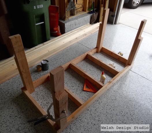 Easy DIY work bench