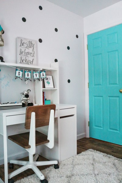 turquoise door girls room