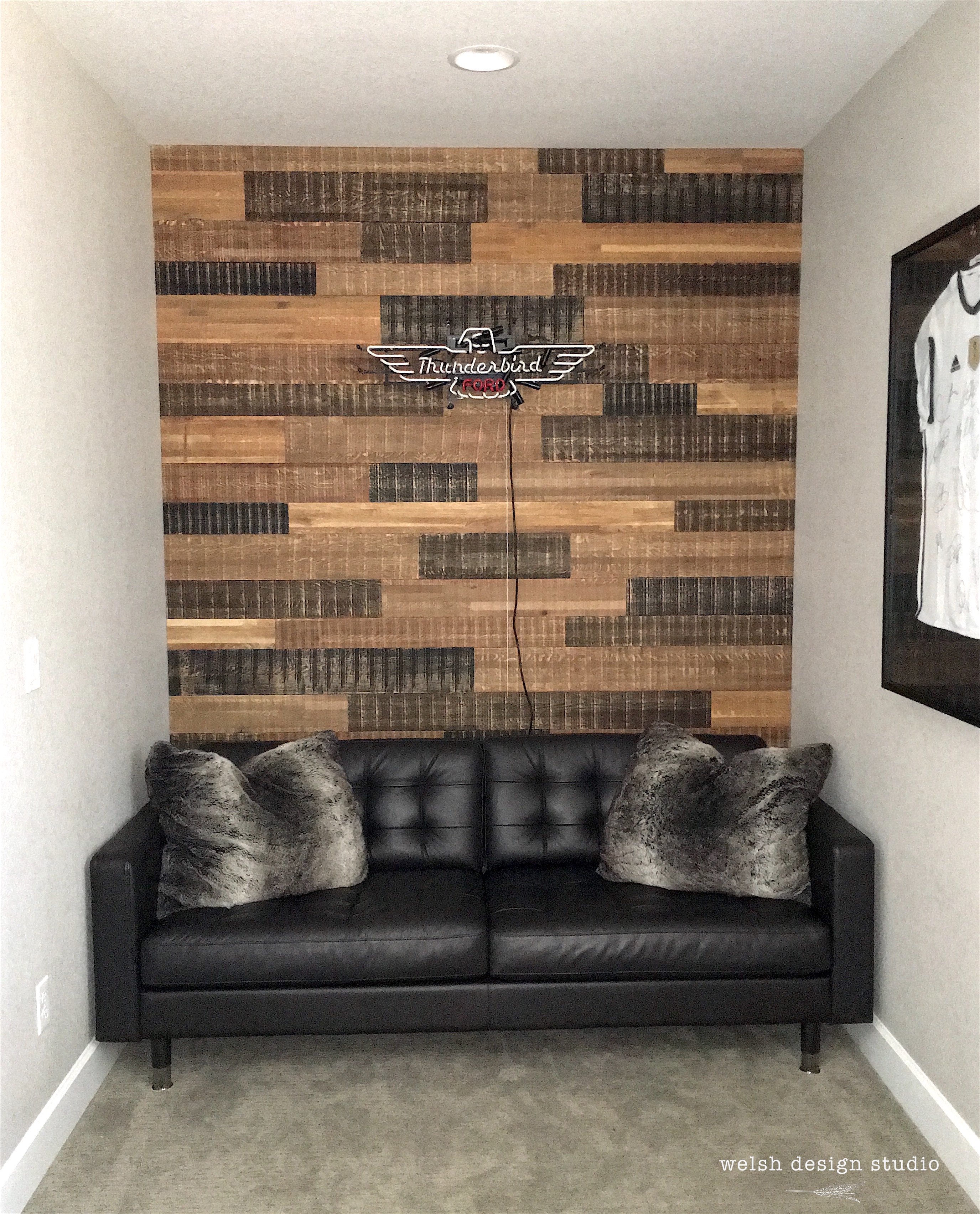 Reclaimed Wood Wall in Teen Boy s Bedroom – Welsh Design Studio
