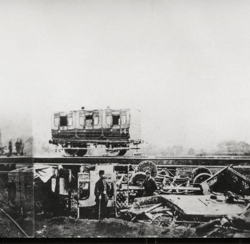 After the accident: This panorama was composed of three photos from June 9, 1865