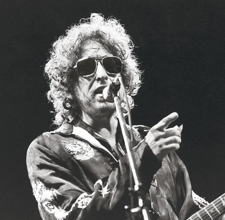 On the Tour to the End of Time: Bob Dylan, 1981