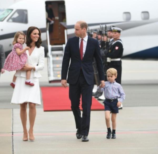 Monarchie Prinz William mit Familie in Berlin erwartet WELT