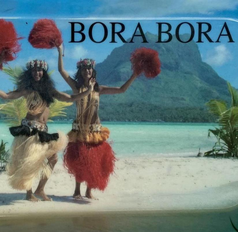 The tray is a souvenir from the lagoon island of Bora Bora (South Pacific)