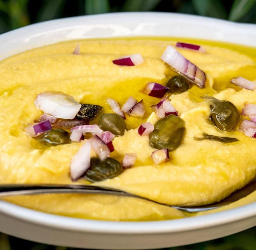 Larnaka on Zyoern: Fava is a puree made from yellow lentils