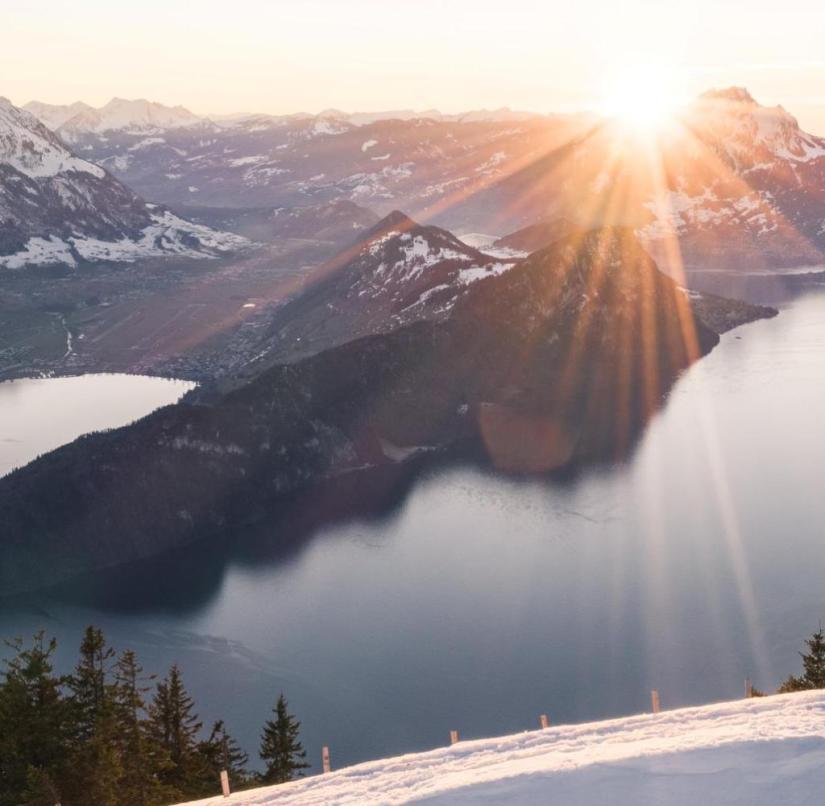 Switzerland: View from the snow-covered Rigi to the Vierwaldstätterse