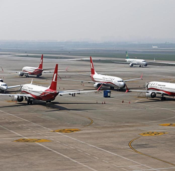 Like here, on the runway of Hongqiao International Airport in Shanghai, 737 Max 8 aircraft are currently on the ground