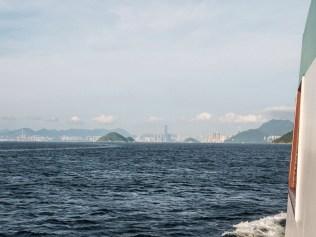 Hong Kong Skyline vom Wasser aus