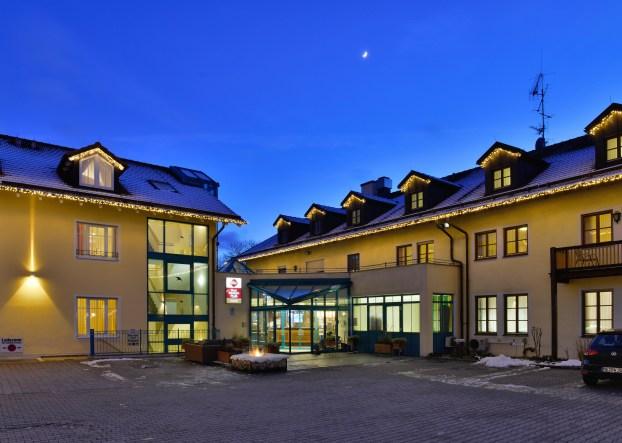 Aussenansicht Hotel Erb Parsdorf, Vaterstetten bei München