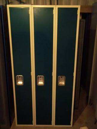 "Lyon Single-Tier 12""x18""x72"" Green Lockers - New Surplus"