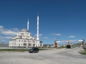 wer finanziert eigentlich diese neuen Moscheen, hier z.B. im Industriegebiet?