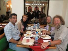 mit Hassan und Shina persisch essen