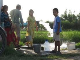 die einzige Trinkwasserquelle für das Dorf