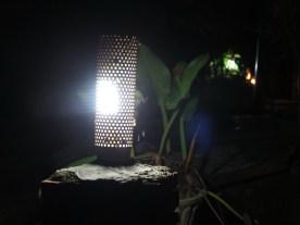 Granatenhülse als Gartenbeleuchtung