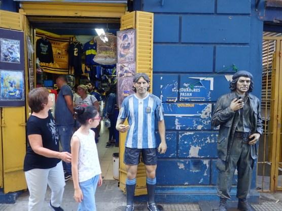 Boca-Fanshop, mit Diego Maradona und Che Guevara