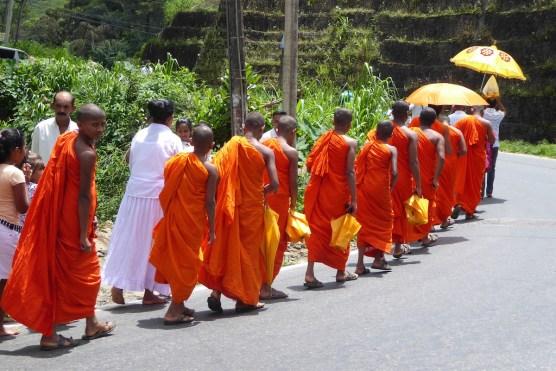 srilanka_moenche_strasse