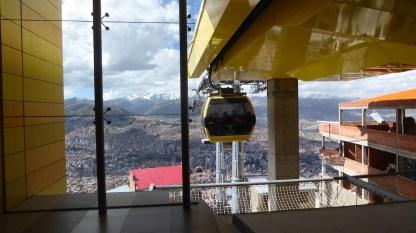 Bolivien-LaPaz-Teleferico-gelb