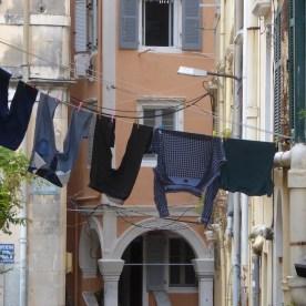 19 Monate auf Weltreise: Wäscheleine in Kérkira