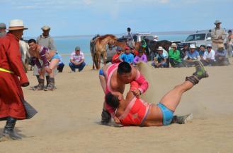 Ringkampf auf dem Mongol Nadeem Fest